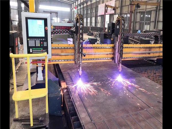 Double Drive Gantry เครื่องตัดพลาสม่าซีเอ็นซี H Beam สายการผลิตระบบ Hypertherm CNC